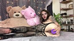 Teen fucks her tiny hairy pussy with dildo