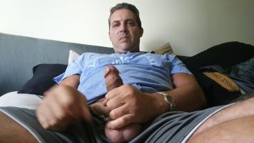 XXX Celebrity Leak HOT DADDY CORY BERNSTEIN TASTES HIS HOT CUM