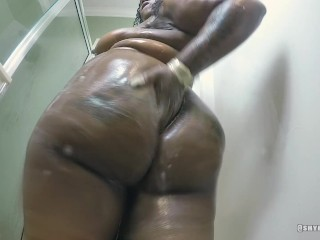 Ebony bbw bouncing ass & squirting in shower (solo)