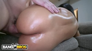 BANGBROS - Latina MILF Rose Monroe Gets Her Magnificent Ass Fucked