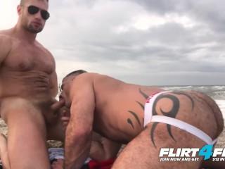 Killian & Crew on Flirt4Free - Ripped Hunks Bareback on the Beach
