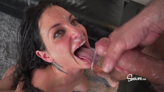 Manuel Ferrara fucks Kissa Sins with oil INTENSE Doggy hand