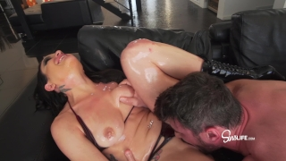 Manuel Ferrara fucks Kissa Sins with oil INTENSE Butt busty
