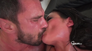 Manuel Ferrara fucks Kissa Sins with oil INTENSE porno