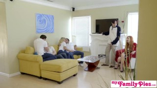StepSiblings Orgy Fuck In Front Of StepMom - MyFamilyPies S3:E4 Butt cum