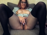 Hot babe cums on webcam : Teacher of Magic fingering orgasm