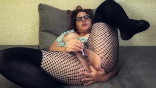Hot babe cums on webcam : Teacher of Magic fingering orgasm Cowgirl hd