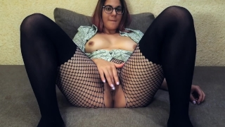 Hot babe cums on webcam : Teacher of Magic fingering orgasm Blonde jilling