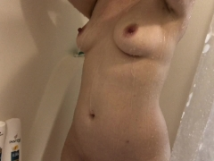 Spying on Stepsister in Shower