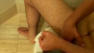 A bathroom deviant himself piss loves al over in guy getting twink fetish