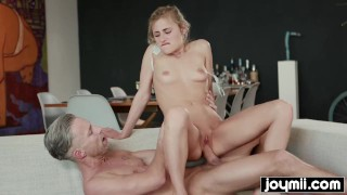 JOYMII- horny art student Lindsey Cruz fucks nude male model