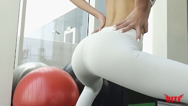 GYM: YOGA PANTS FUCK WITH ORAL CREAMPIE OVERLOAD, FULL LENGTH