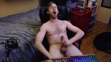 BIG DICK UNCUT STUD CUMS ALL OVER HAIRY CHEST AND MAKES A HOT STICKY MESS