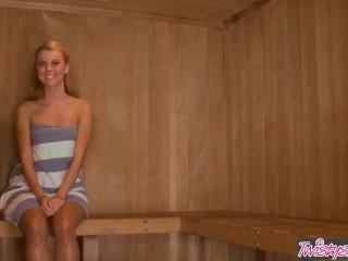 Twistys - - jessie rogers, melissa xoxo -n dragoste în sauna