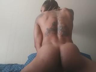Mature women sucking big dicks