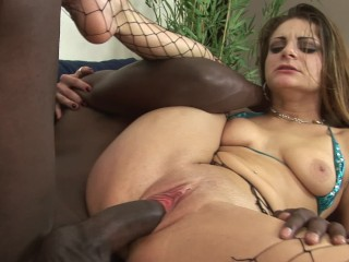 Mature wife big dick fuckinhg