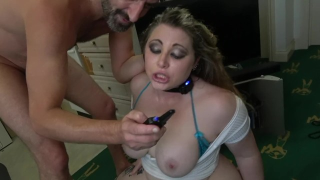 Submissive Bitch Gets Trained With A Shock Collar  Thumbzilla-6484