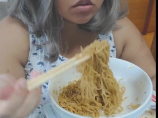 Cute feedee eats noodles for her feeder