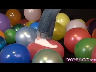 BALLOON STOMP