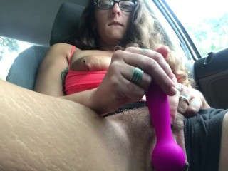 HOT Wife makes her hairy pussy cum fast in HD on busy downtown street