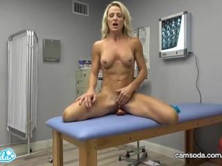 CamSoda - Nurse420 Masturbates at Work during lunch