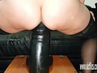 Gargantuan dildo fucking amateur wife Sarah