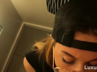 Тeen Вlowjob in a Fitting Room, Oral Creampie, Swallows Cum – LuxuryGirl