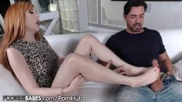 FootsieBabes Busty Redhead MILF Wants to See His Cock
