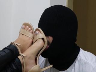 Wife Fucking Cheating Goddess Jmacc - Do You Like My High Heel So Worship Them