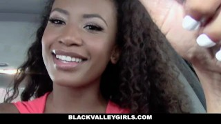 BlackValleyGirls - She Masturbates at the Car Wash porno