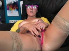 Mrs. Love's Lessons- How to lick pussy like a pro!