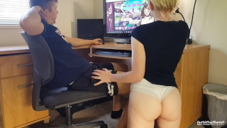 Nutaku Game Makes Girlfriend Horny porno