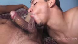 Latin papi Rafael deepthroats a big latin cock