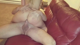 1ST DATE!!AIMY GETS HUGE COCK TO CUM INSIDE HER NO CONDOM CREAMPIE HOTWIFE School pussy