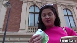 GERMAN SCOUT - TEENY Coco Del Mare BEI STRASSEN CASTING FUER GELD GEFICKT