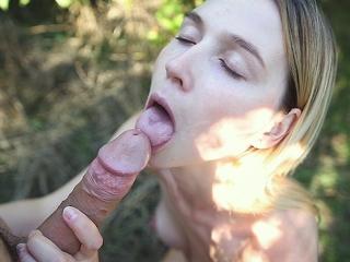 Lovers in the woods - Outdoor sex