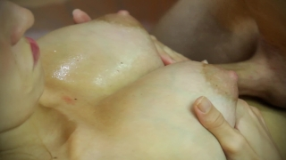 Amateur titfuck and creampie between her tits