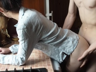 18 y o Teen Morning Moaning Sex In The Kitchen(Amateur Couple Koskaetleska)