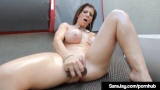 Curvy Milf Sara Jay Dildo Drills Her Oily Pussy!
