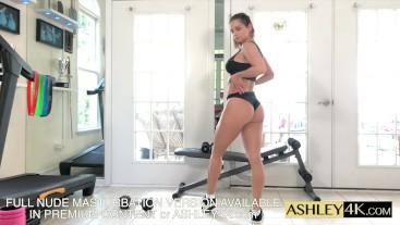 Fitness Girl Training Ashley Sinclair Free Version