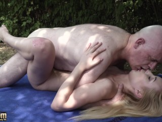 Porn Jeune Fille Fucking, Old nick has sex with young girl and makes the teem cum