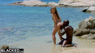 Beach blonde tourist the fucks man black blacked strong on licking cowgirl
