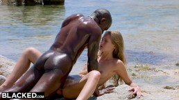 BLACKED Strong black man fucks blonde tourist on the beach