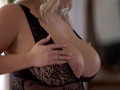 FAT BUSTY TEEN  |  HOT BLONDE WITH NATURAL TITS & WET PUSSY