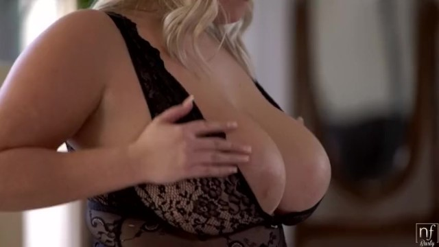 FAT BUSTY TEEN    HOT BLONDE WITH NATURAL TITS & WET PUSSY