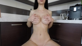 Amateur toy double penetration with a butt plug at first time - Mini Diva porno