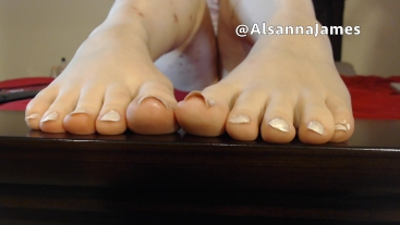 Flexing My White Toes