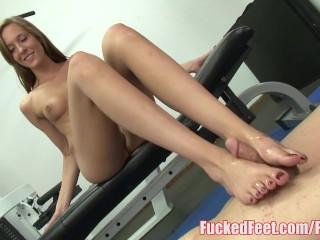 Teen Molly Gets Feet Worshiped and Gives Footjob at FuckedFeet