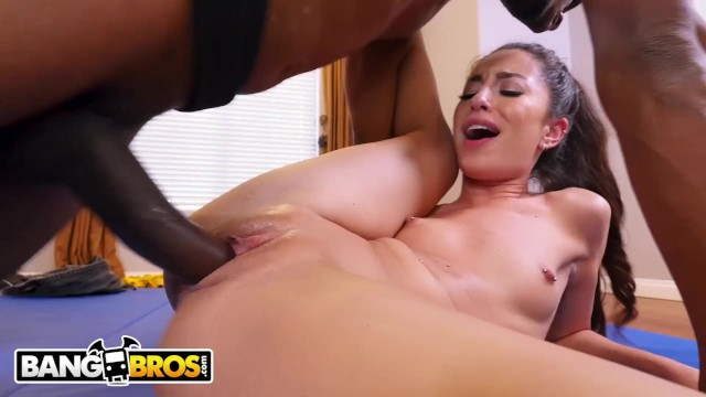 Standing Up Pussy Licking