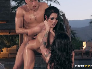 Official Brazzers House Season 3 Ep1 Lena Paul Hosts a Wild Wrestling Orgy